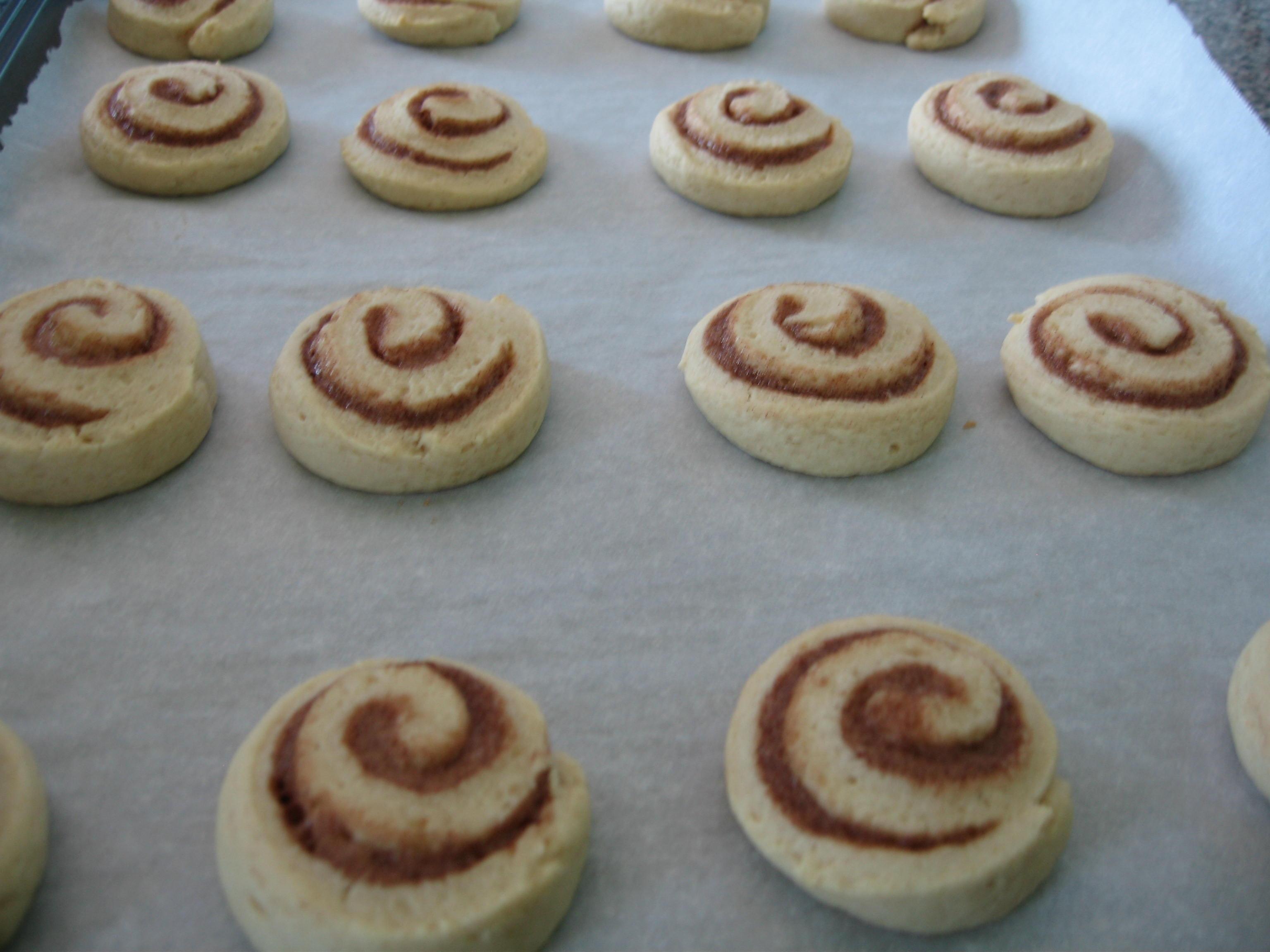 Cinnamon Roll Cookies | My Baking Empire